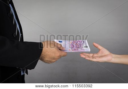 Give Banknote