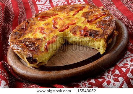 quiche lorraine with cheese, onion and pepper