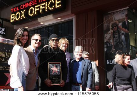 LOS ANGELES - JAN 21: Daniela Ruah, Chris O'Donnell, Eric Christian Olsen, LL Cool J, Russell Simmons at the LL Cool J WOF Ceremony at the Hollywood and Highland on January 21, 2016 in Los Angeles, CA