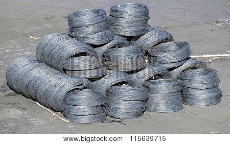 Iron Wires Under