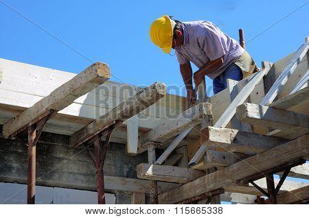 Labor prepare wooden timber