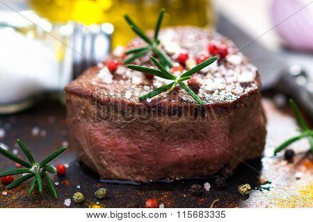 Juicy Fillet Steak with Fresh Herbs