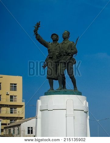 Monument to the Soldier Frances and Senegales at Skirmisher Square in Dakar Senegal