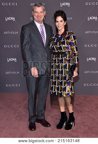 LOS ANGELES - NOV 04:  Jami Gertz and Antony Ressler arrives for the 2017 LACMA Art + Film Gala on November 04, 2017 in Los Angeles, CA