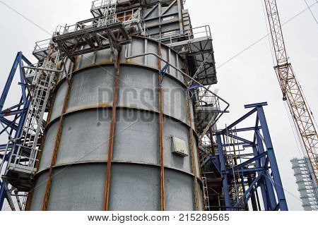 Large capacity for the petrochemical industry. Chemical plant.