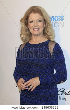 LOS ANGELES - NOV 11:  Mary Hart at the 2017 D.R.E.A.M. Gala at the Montage Hotel on November 11, 2017 in Beverly Hills, CA