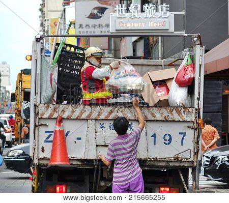 Collecting Materials For Recycling