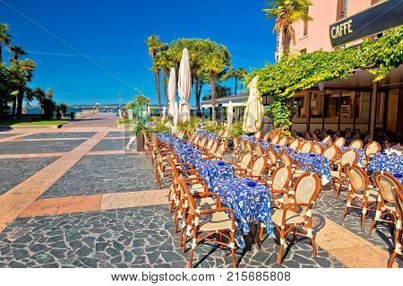 Cafe And Walkway On Garda Lake In Town Of Sirmione