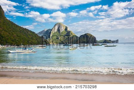 El NIDO, PHILIPPINES - MARCH 29, 2016.  Morning in the harbor fishing village El Nido on March 29, 2016 Palawan,  Philippines.