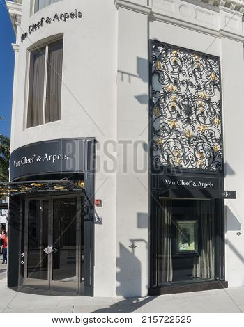Beverly Hills, Rodeo Dr, CA;11.27.2017  Van Cleef Arpels store frontage.  French luxury brand founded in 1906 showcasing a collection of fine jewelry, watches & fragrances.