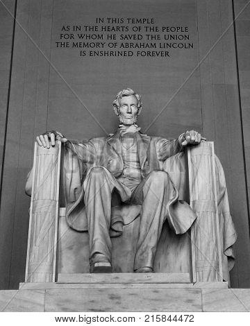 Lincoln statute Lincoln Monument in Washington DC