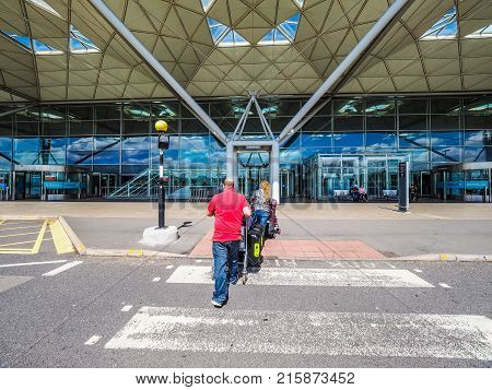 London Stansted Airport, Hdr