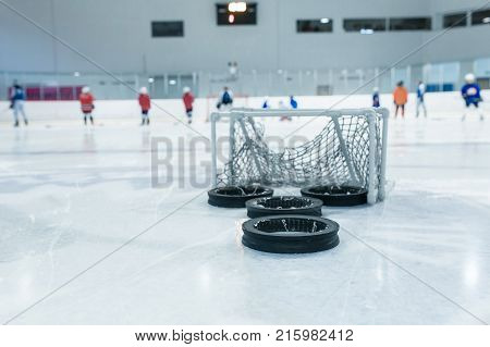 lines and small trainin net on ice ring