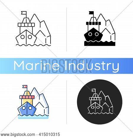 Arctic Exploration Icon. Polar Regions Exploration. Undisturbed Marine Spaces On Earth. Reaching Nor