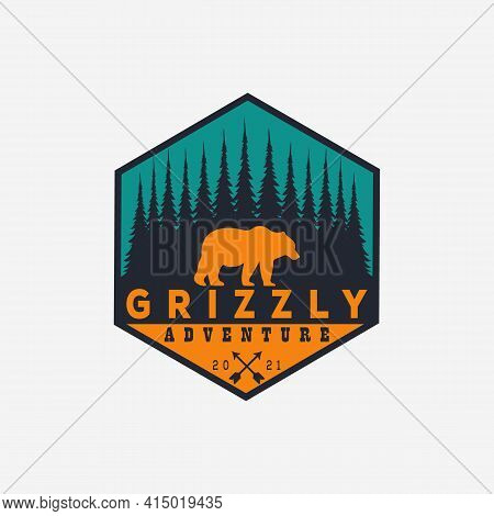 vintage grizzly bear logo vector illustration design. adventure badge logo symbol