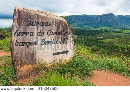 São Roque De Minas - Mg, Brazil - December 13, 2020: Writings On The Rock Indicating The Direction T