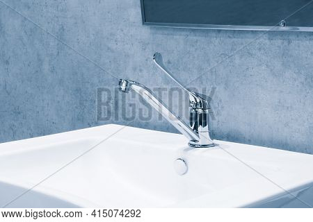Long Handle Medical Surgical Sanitary Faucet Mixer And  White Sink. Sanitary Prevention Antivirus Co