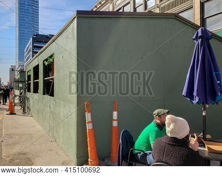 Chicago, Il March 13, 2021, Butch Mcguires Irish Pup Outside Temporary Structure For Eating And Drin