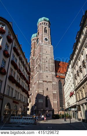 Munich, Germany - Sep 20, 2020: Picturesque Cityscape View With The Famous Munich Cathedral, Also Ca