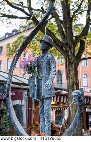 Munich, Germany - Oct 17, 2020: Karl Valentin Brunnen Fountain By Agostino Zuppa, 1953, Viktualienma