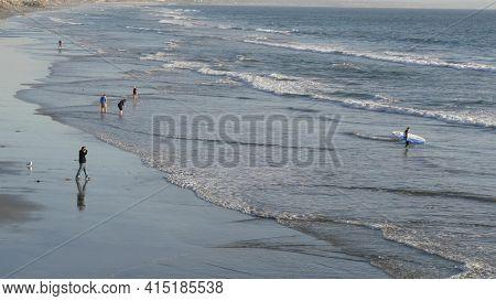 Oceanside, California Usa - 11 Feb 2020: Local People Walking Strolling, Pacific Ocean Coast, Beach