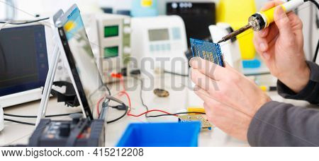 adjustment the microprocessor in a workshop