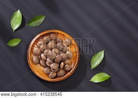 Dried Seeds Of Sacha Fruit - Inchi Peanuts - Plukenetia Volubilis