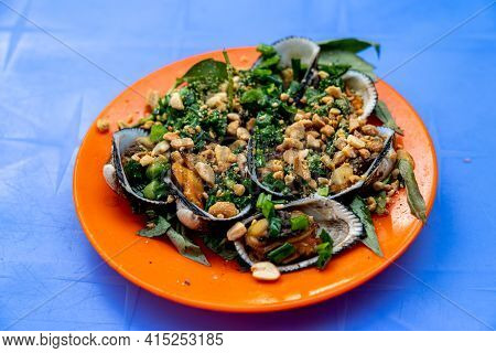 Grilled Ark Clam Served With Peanuts, Scallion And Vietnamese Cilantro