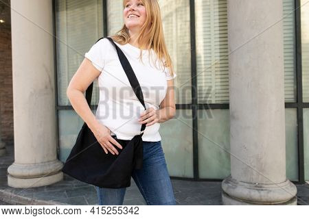 Plus size t-shirt white basic women's casual wear outdoor shoot
