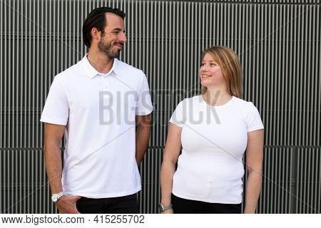 Basic white tops men and women's fashion apparel