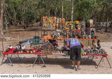 Souvenir Stalls At The Archeological Site Chichen Itza