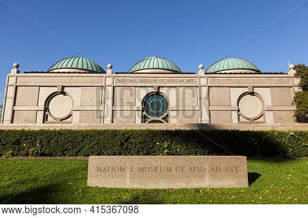 Washington, Dc Usa 11-02-2020: Exterior View Of The National Museum Of African Art. The Building Wit