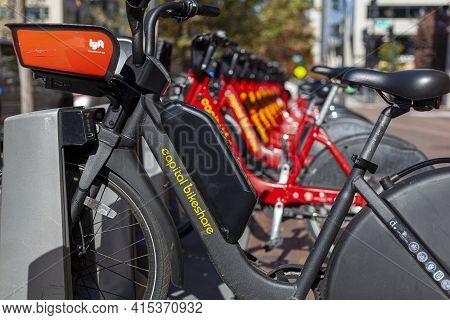 Washington Dc, Usa 11/08/2020: A Capital Bikeshare Company Bicycle Rental Station Near White House.