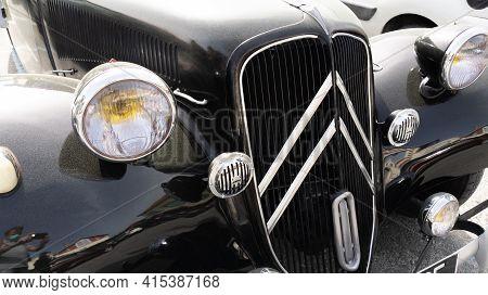 Bordeaux , Aquitaine France - 03 29 2021 : Citroen Traction Avant Vintage Classic Car Front Sign And
