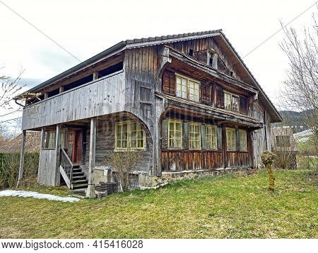 Traditional Country Houses And Old Livestock Farms Along The Small Natural Lake Wilersee Or Wiler La