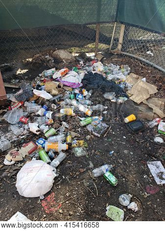 Chicago, Il March 20, 2021, Waste Dump Concept , Pile Of Garbage , Garbage Dump , Not Littering In T