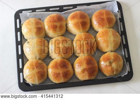 Freshly Baked Hot Cross Buns. A Sweet Fruit Bun Lightly Spiced With Cinnamon And Nutmeg And Marked W