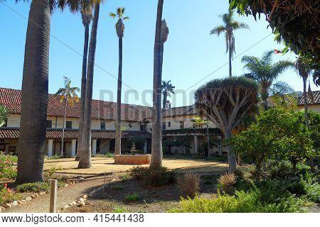 November 14, 2013 , Santa Barbara ,calofornia : View Inside The Old Mission Santa Barbara , Californ
