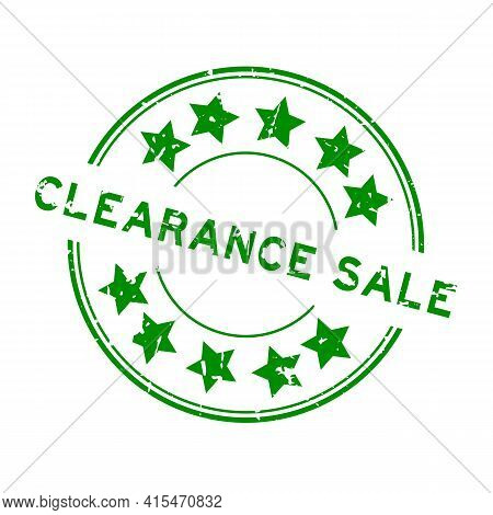 Grunge Green Clearance Sale Word With Star Icon Round Rubber Seal Stamp On White Background