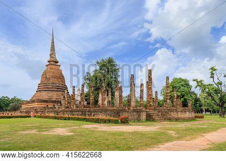 Pagoda And Ruined Chapel Monastery Complex At Wat Sa Si Temple, Sukhothai Historical Park, Thailand