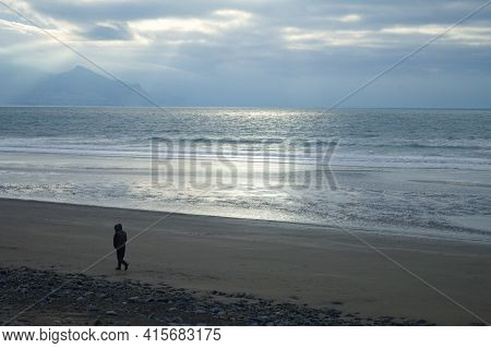Wales, Llyn Peninsula Winter Seaside Landscape At Dinas Denile, Near The Royal Town Of Caernarfon Br