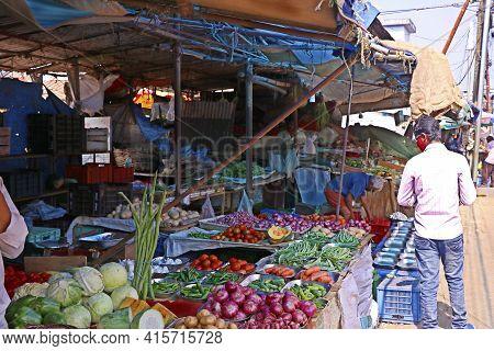 Kochi, Kerala, India -march 6, 2021 Fresh Vegetable Market Stall On Street Side In Kochi, Kerala