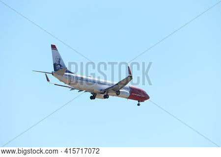 Amsterdam, The Netherlands - August, 7th 2020: Ln-ngp Norwegian Air Shuttle Boeing 737-800 Final App