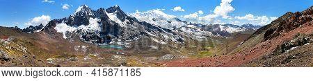 Ausangate Trek Trekking Trail, Panoramic View, Ausangate Circuit, Cordillera Vilcanota, Cuzco Region