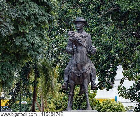 Goiania/goias/brasil - 02 01 2019: Monument Tribute To Pedro Ludovico Teixeira In Plaza Dr. Pedro Lu