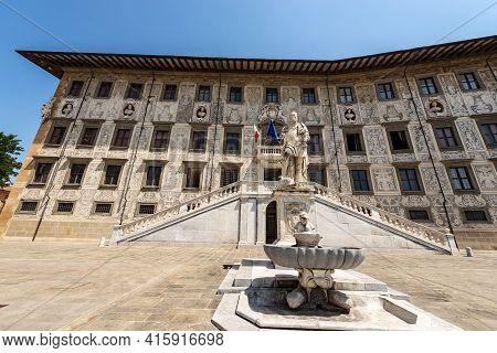 Palazzo Della Carovana Or Dei Cavalieri. Ancient Palace, Building Of The University (scuola Normale