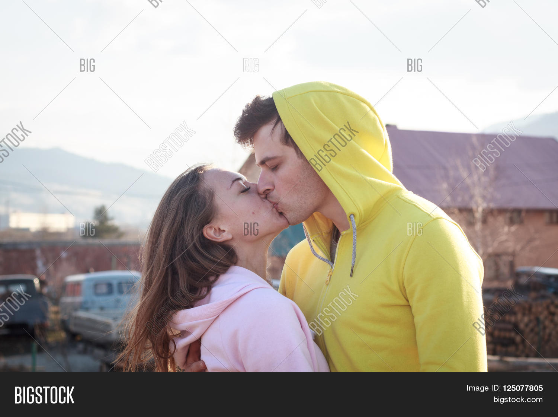 Very kiss love