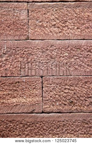 Wall joint made of neatly dressed red sandstone without any cement mortar