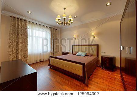interior design beautiful bedroom in luxury home