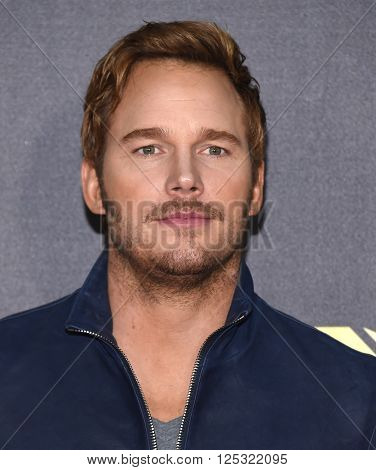 LOS ANGELES - APR 09:  Chris Pratt arrives to the Mtv Movie Awards 2016  on April 09, 2016 in Hollywood, CA.